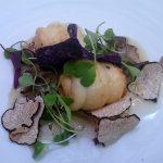 Rollitos de lenguado con crema de ostras trufadas y hortalizas crujientes