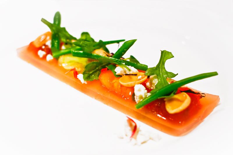 Ensalada de consomé de tomate